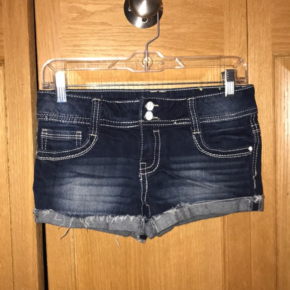 Almost Famous Pants - NWOT Almost Famous Jean Shorts